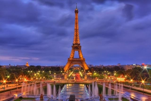 202_1la_tour_eiffel___paris__france (640x430)