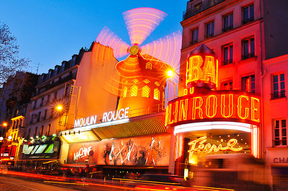 montmartre-moulin-rouge-paris